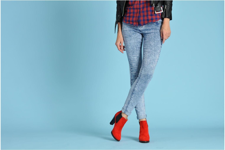 Stiefeletten & Boots Anaki Sabrina schwarz ansicht von unten / tasche getragen