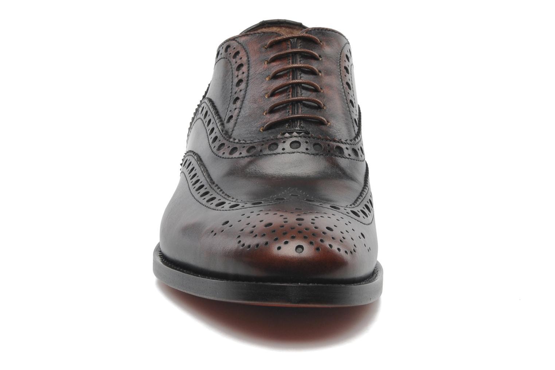 Chaussures à lacets Santoni Stan 08150 Marron vue portées chaussures