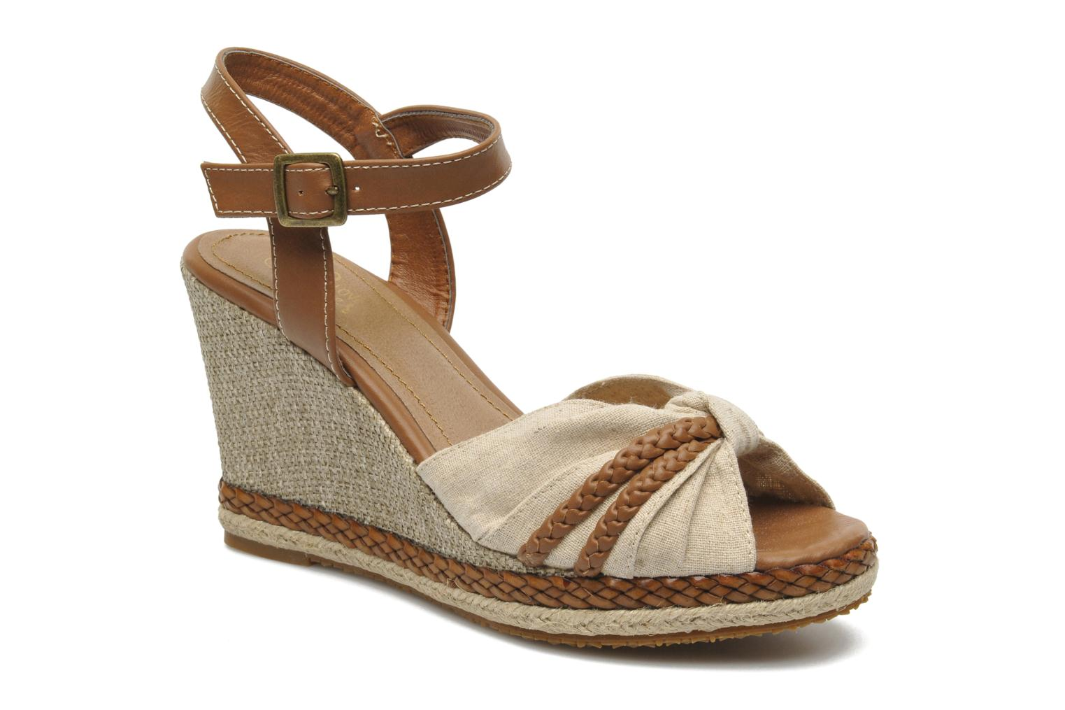 Sandals I Love Shoes Sukifo Beige detailed view/ Pair view