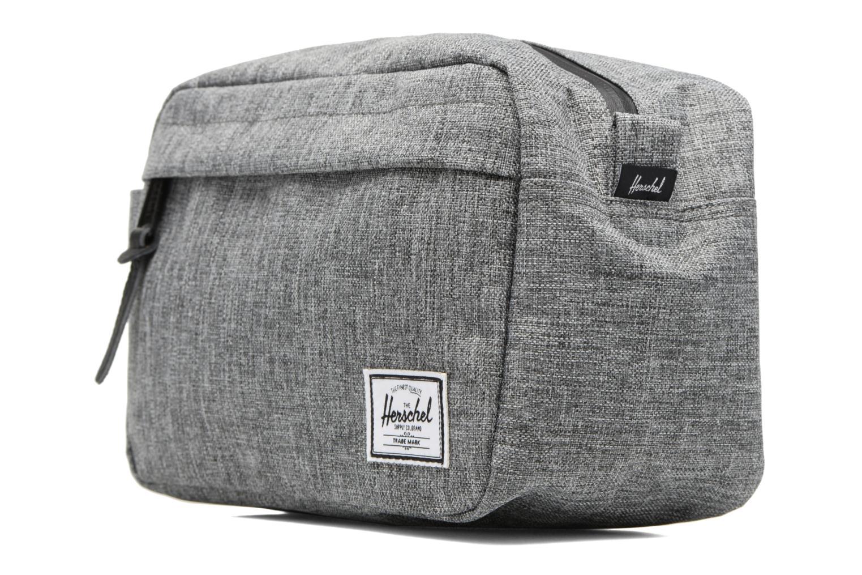 Luggage Herschel Chapter Grey model view
