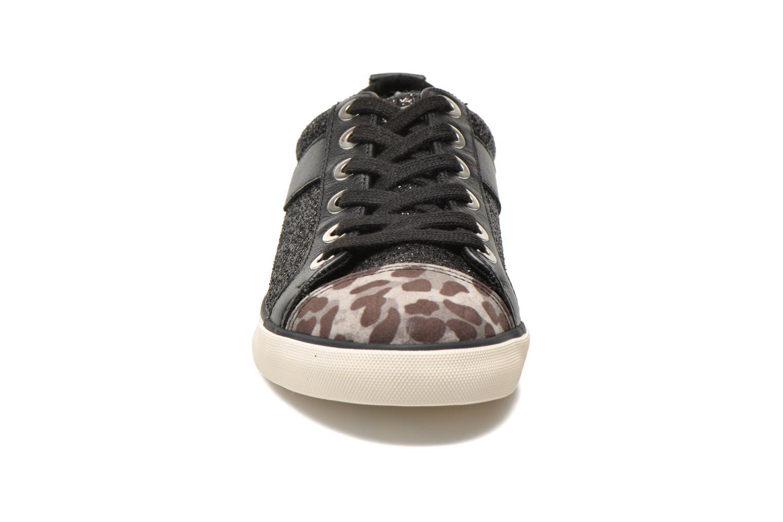 Baskets Guess Meenas Noir vue portées chaussures