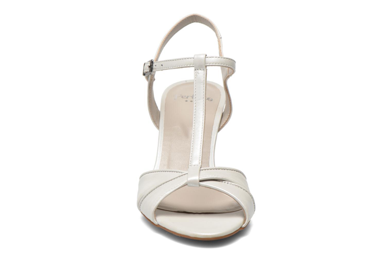 Sandales et nu-pieds Perlato Parvine Blanc vue portées chaussures