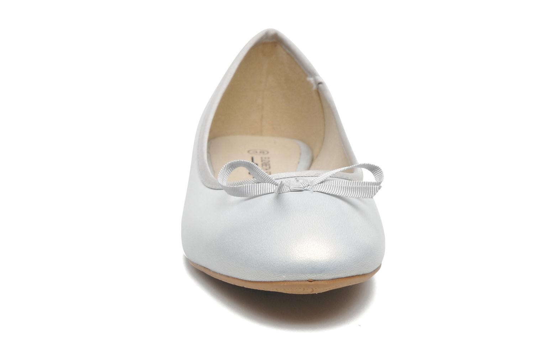 Ballerinas Elizabeth Stuart Castel 691 silber schuhe getragen