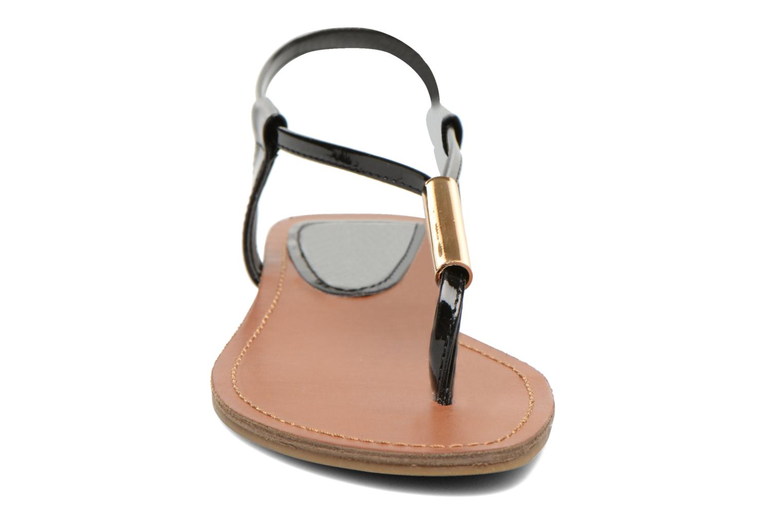 Sandales et nu-pieds Steve Madden Hamil Noir vue portées chaussures