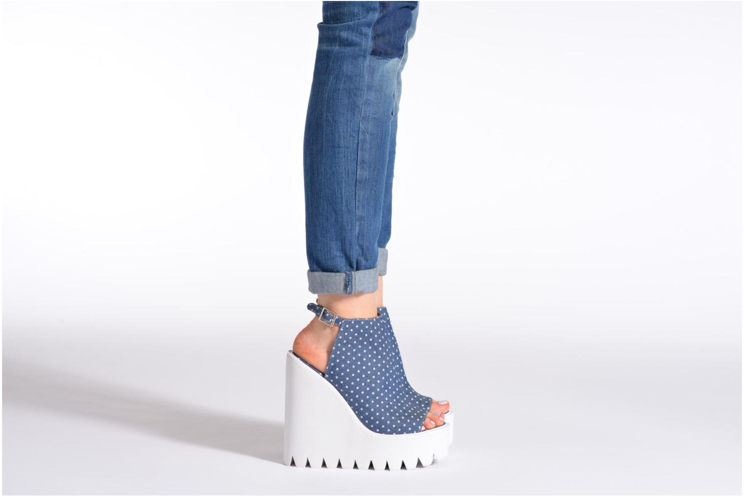 Sandals Jeffrey Campbell BARCLAY Blue view from underneath / model view