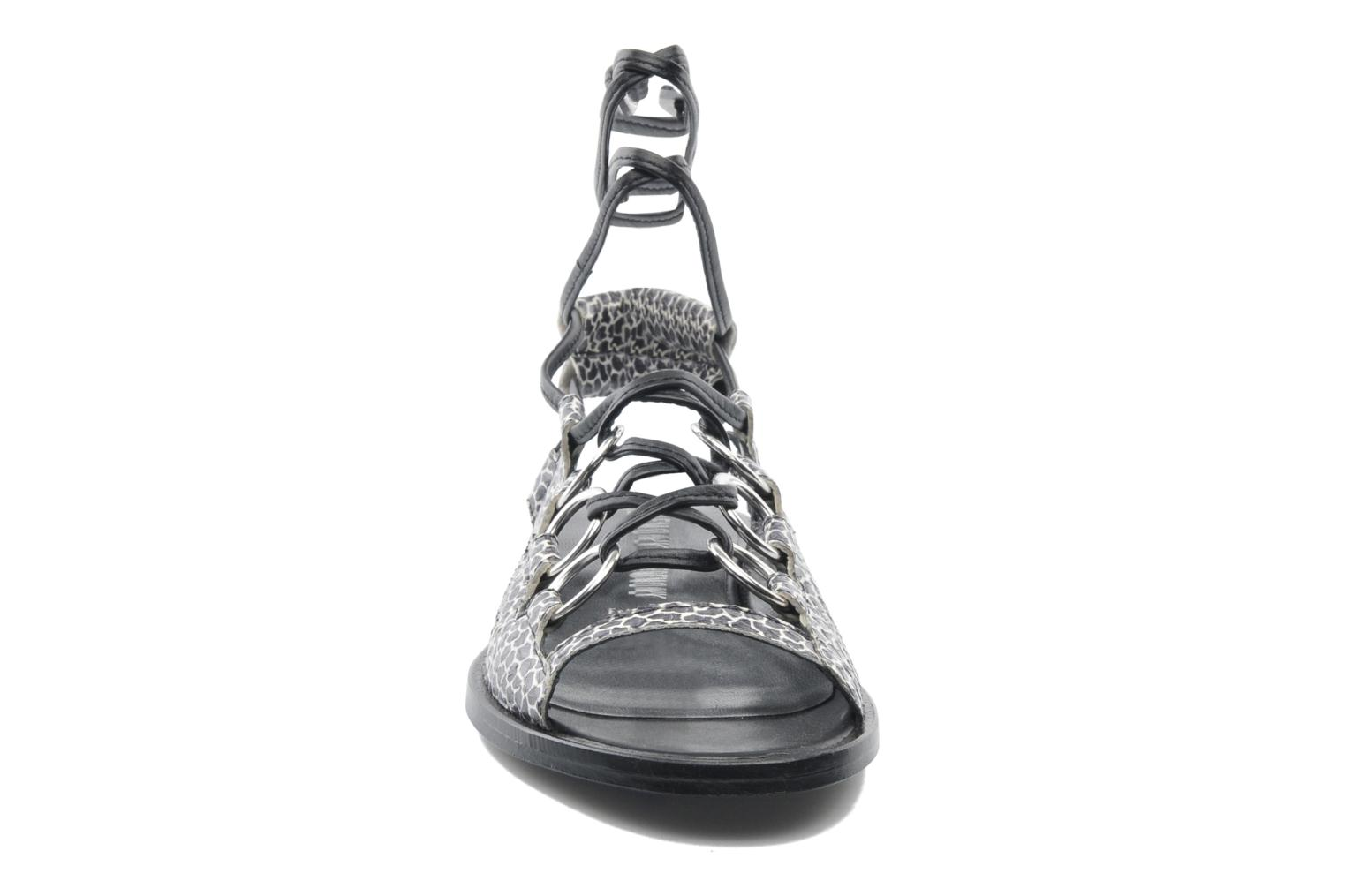 Kali multi ring lace up Black multi