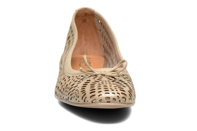 Ballerines Karston Jozana Or et bronze vue portées chaussures