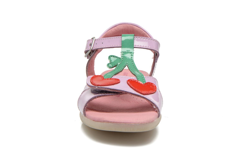 Sandales et nu-pieds Agatha Ruiz de la Prada Cereza Violet vue portées chaussures