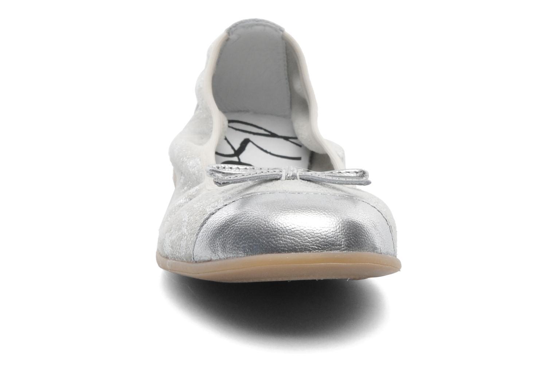 Ballerines Bopy SARABEL Argent vue portées chaussures