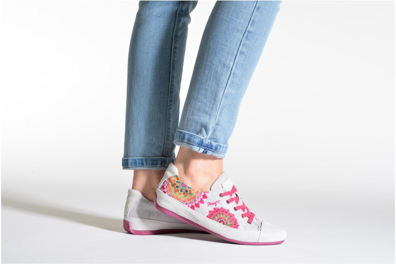 Sneaker Desigual Castilla New mehrfarbig ansicht von unten / tasche getragen