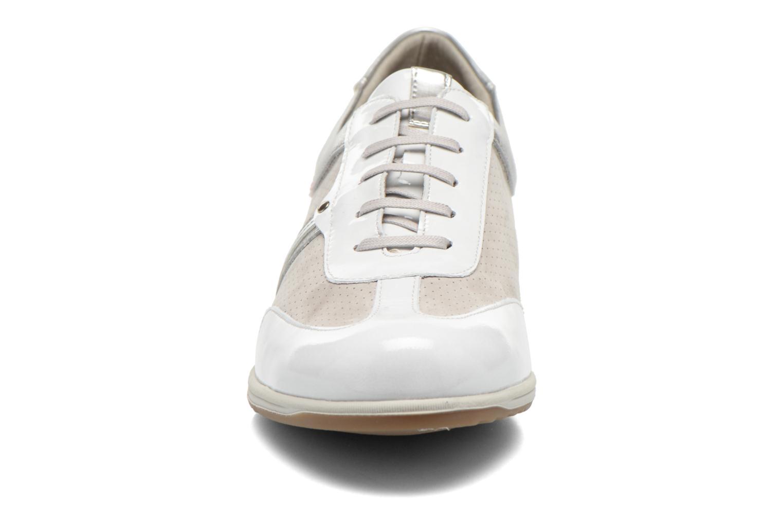 Baskets Fluchos Zaira 9040 Multicolore vue portées chaussures