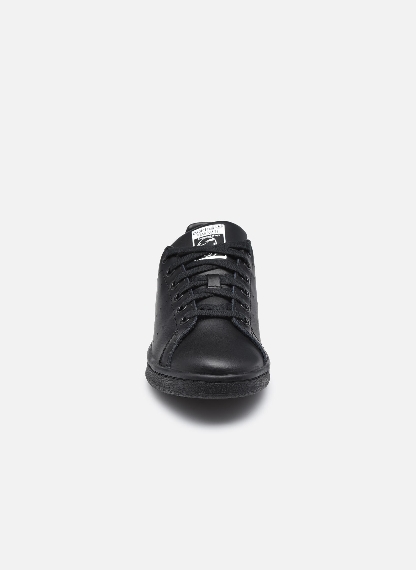 Baskets Adidas Originals STAN SMITH J Noir vue portées chaussures