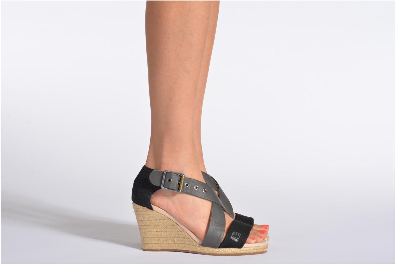 Sandalen G-Star Aria Wedge Salon Strap grau ansicht von unten / tasche getragen