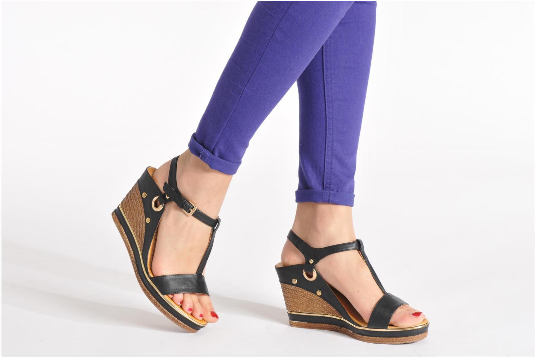 Sandales et nu-pieds Divine Factory Acamar Noir vue bas / vue portée sac