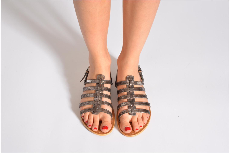 Sandalen Les Tropéziennes par M Belarbi Brillant silber ansicht von unten / tasche getragen