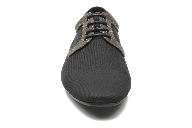 Chaussures à lacets Schmoove Fidji Club Noir vue portées chaussures