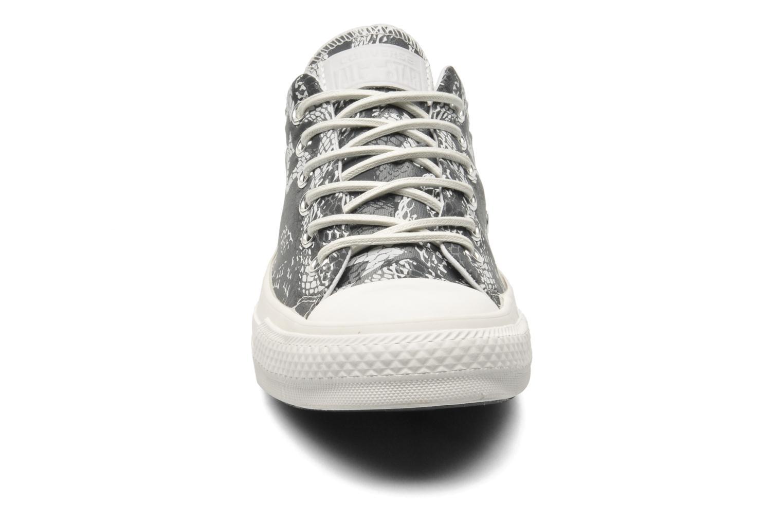 Baskets Converse Chuck Taylor Reptile Print Ox W Noir vue portées chaussures