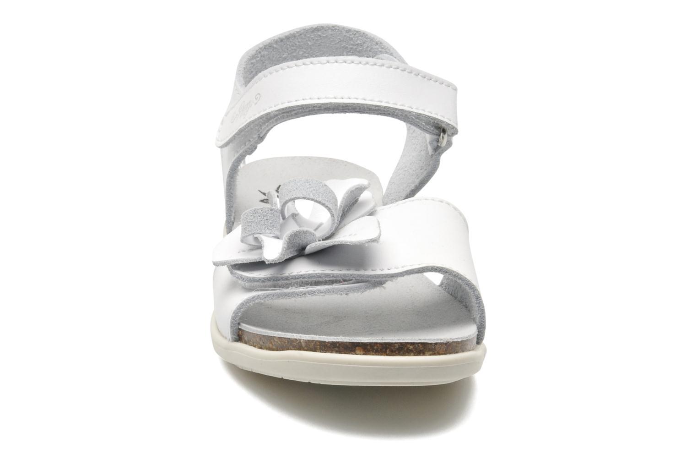 Sandales et nu-pieds Primigi SCARLET Blanc vue portées chaussures