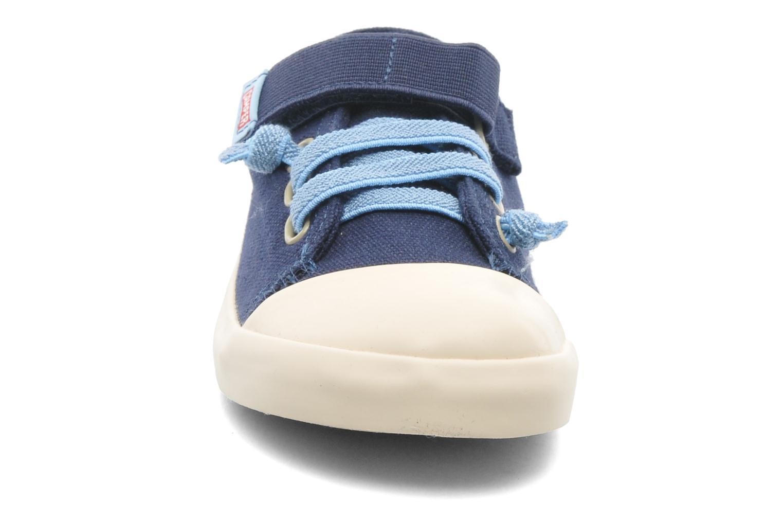 Baskets Camper Peu 80473 Bleu vue portées chaussures