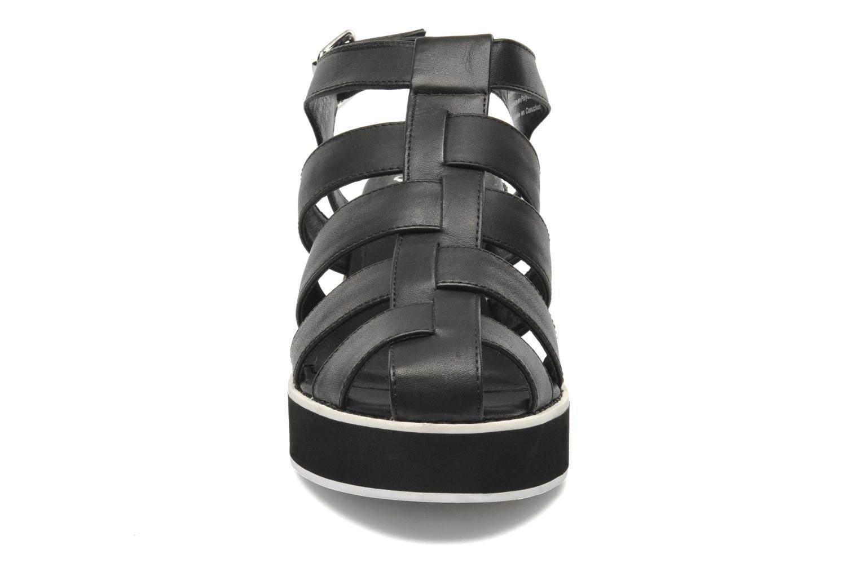 Sandalen Shellys London NYDILLA schwarz schuhe getragen
