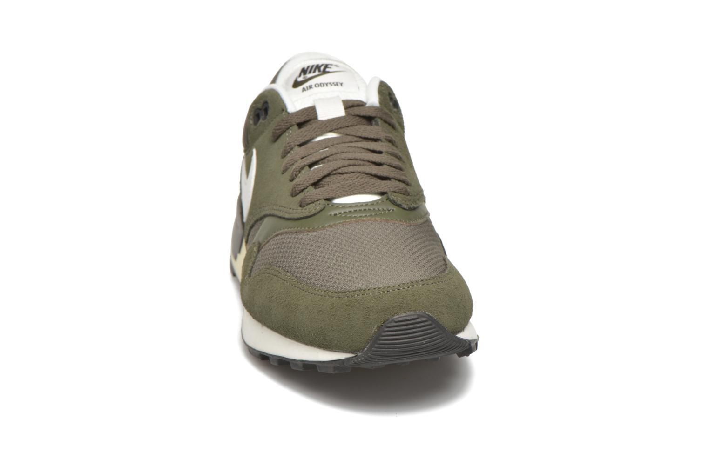 Baskets Nike Nike Air Odyssey Vert vue portées chaussures