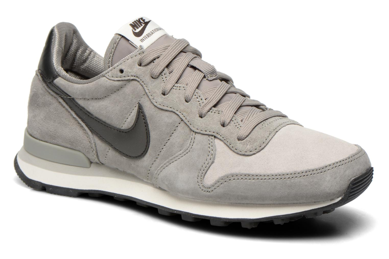 nike internationalist grijs heren