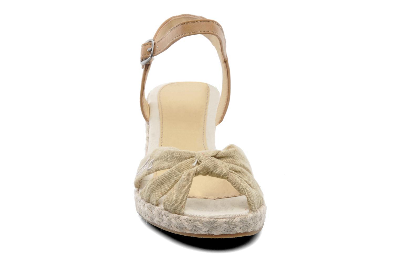Sandales et nu-pieds Dockers Jekky Beige vue portées chaussures