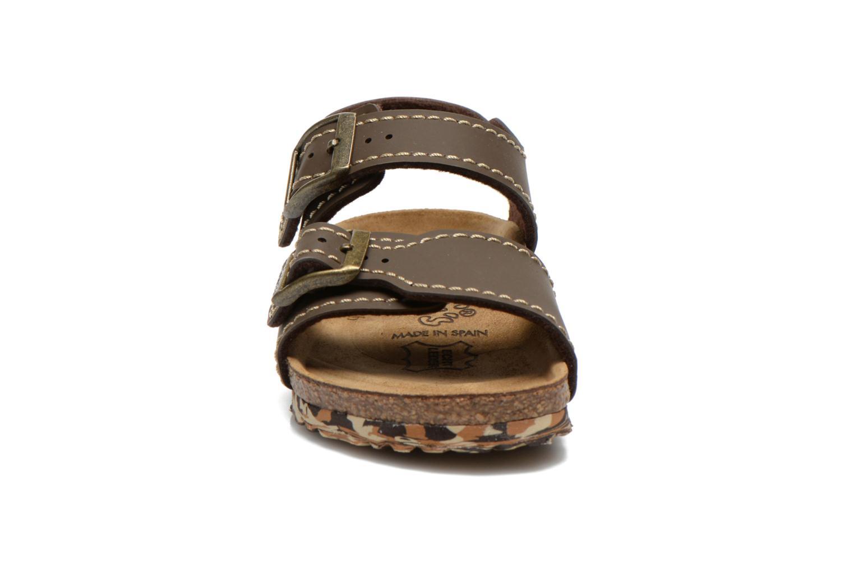 Sandales et nu-pieds Birkenstock NEW YORK Marron vue portées chaussures
