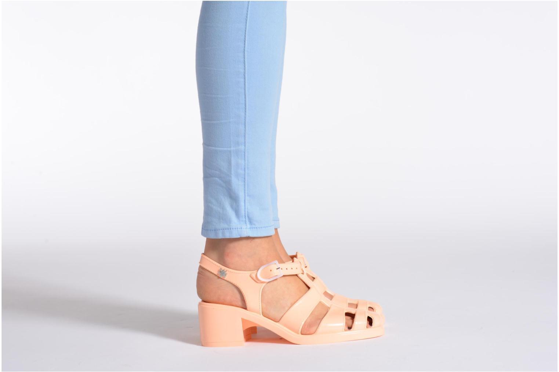 Sandalen Méduse Nikita silber ansicht von unten / tasche getragen