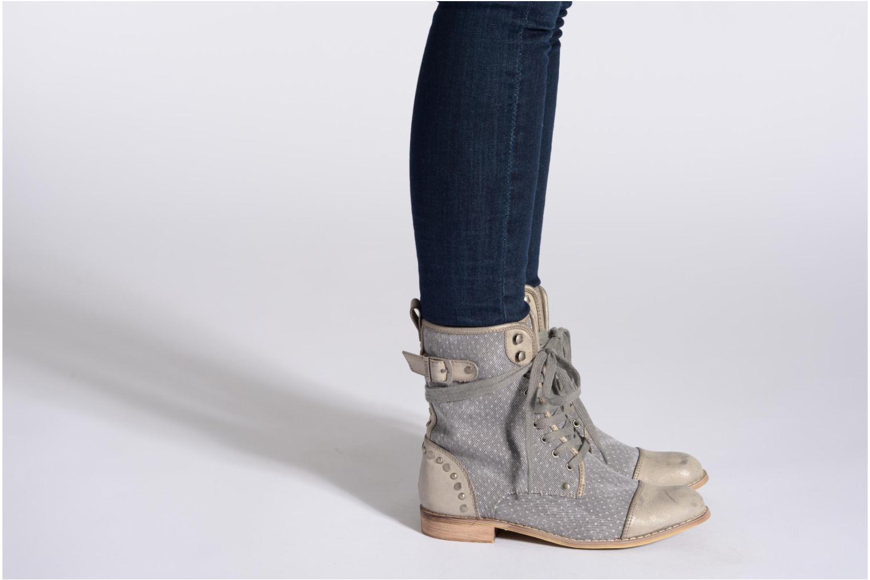 Bottines et boots Kaporal Bishop Gris vue bas / vue portée sac