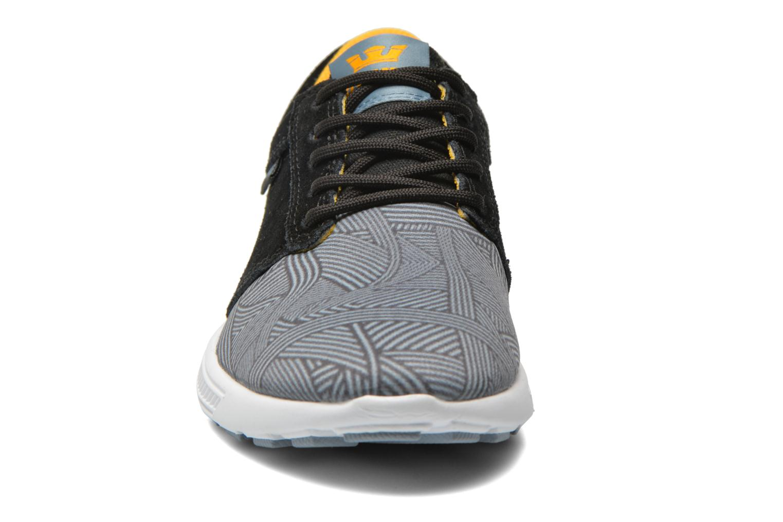 Sneaker Supra Hammer run W mehrfarbig schuhe getragen