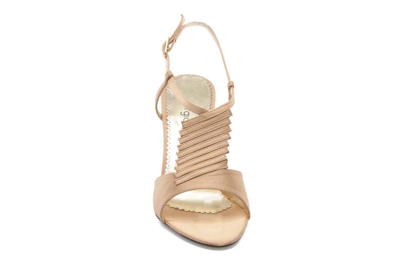 Sandali e scarpe aperte Georgia Rose Rumimy Oro e bronzo modello indossato