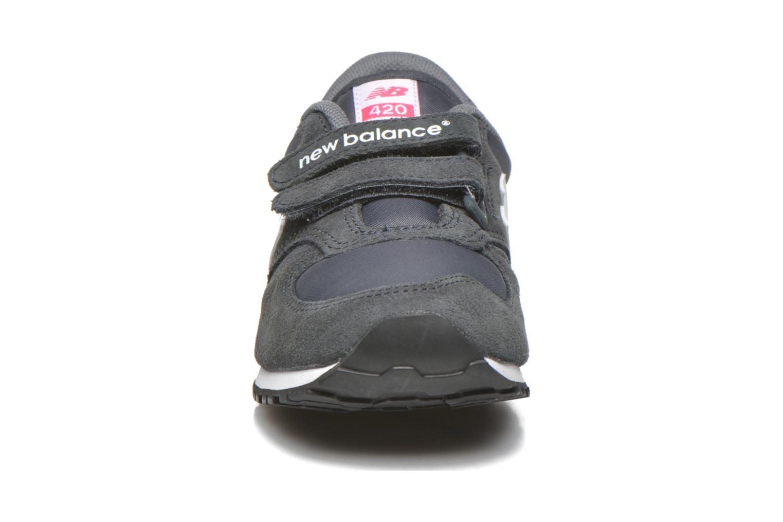 Sneaker New Balance KE420 J grau schuhe getragen