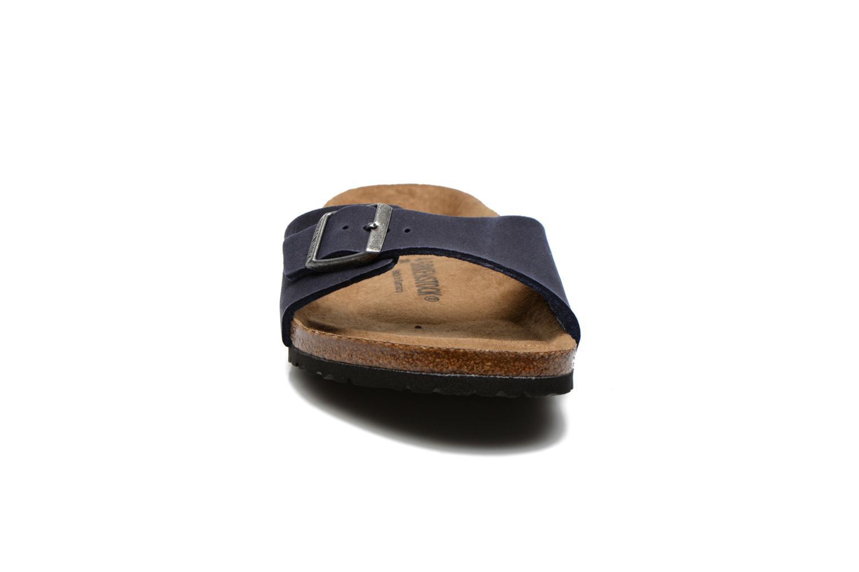 Sandali e scarpe aperte Birkenstock Madrid Microfibre M Azzurro modello indossato