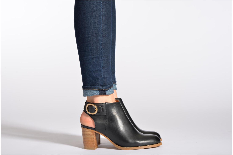Bottines et boots Georgia Rose Efaisan Noir vue bas / vue portée sac