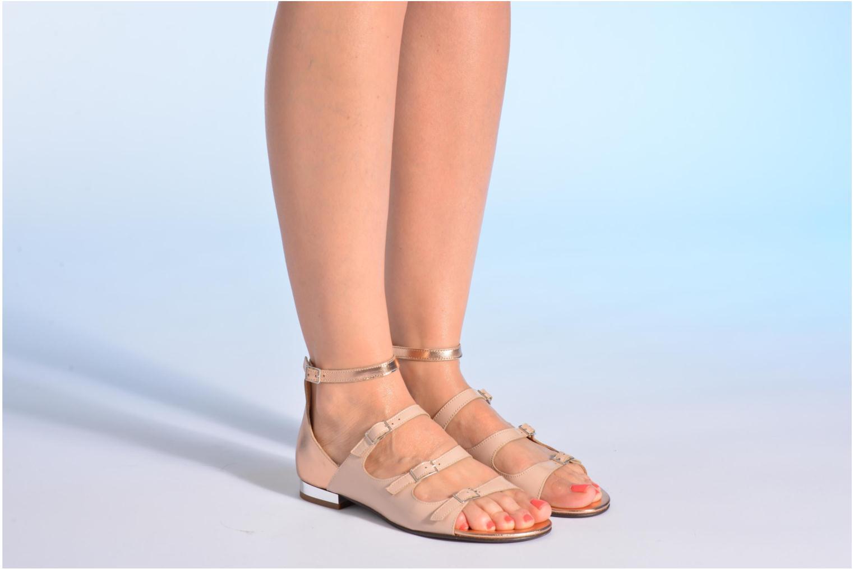 Sandalen Made by SARENZA Chamallow #4 beige ansicht von unten / tasche getragen
