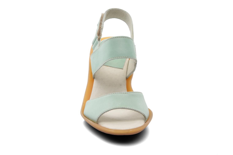 Sandales et nu-pieds El Naturalista Haiku ND10 Vert vue portées chaussures