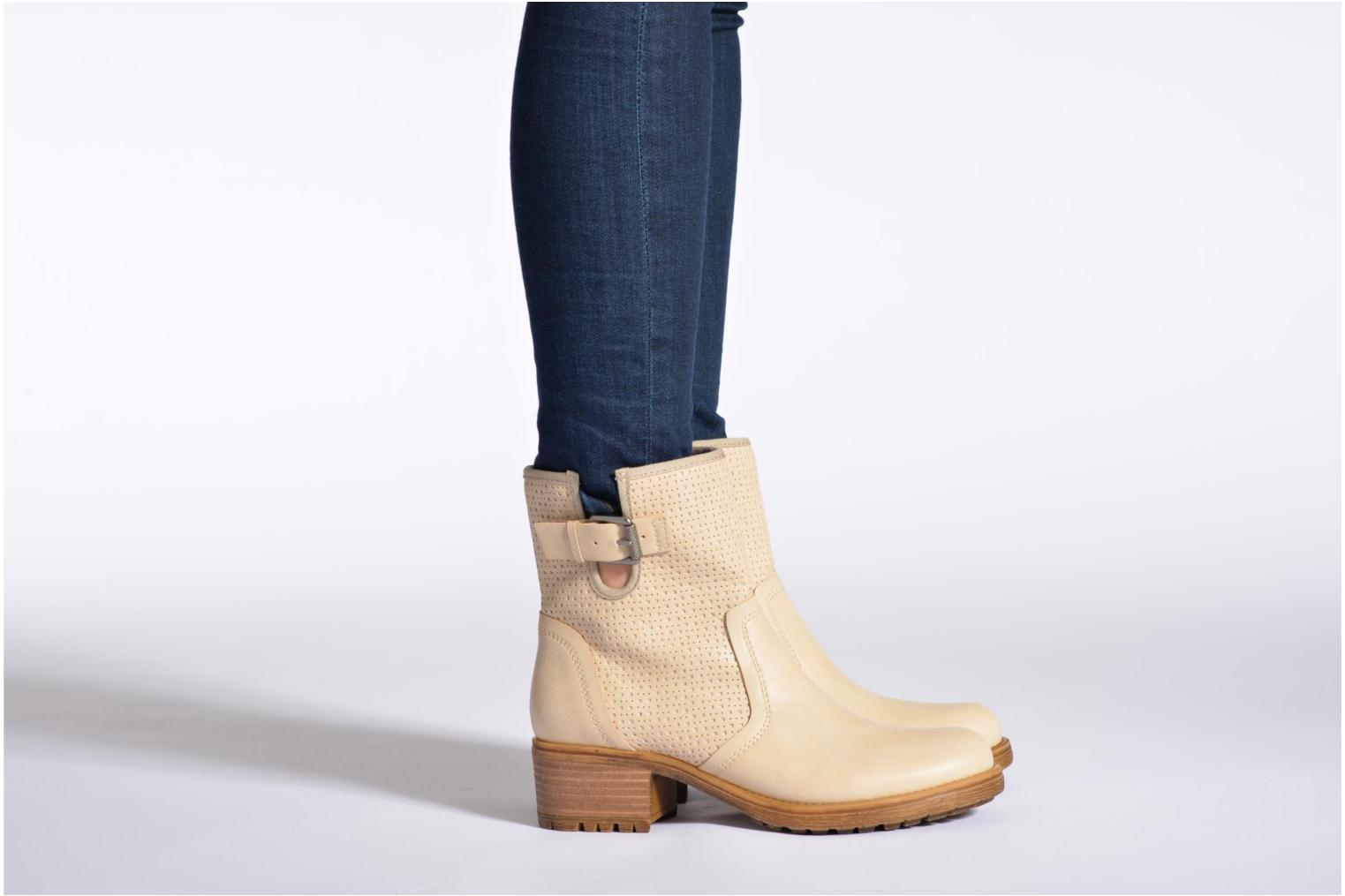 Ankle boots Esprit Saki Bootie 018 Beige view from underneath / model view