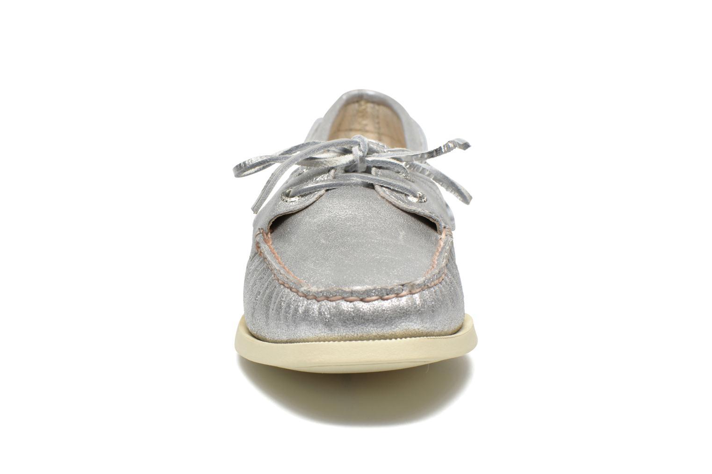 A/O metallic Kid Suede Silver