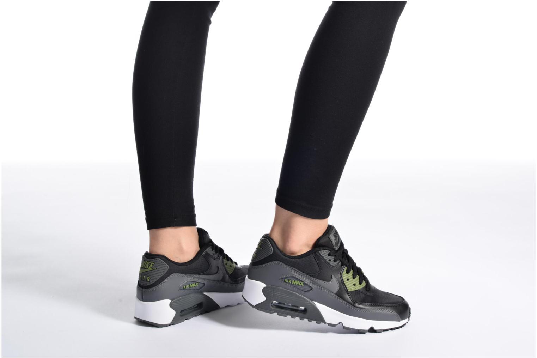 Baskets Nike NIKE AIR MAX 90 MESH (GS) Bleu vue bas / vue portée sac