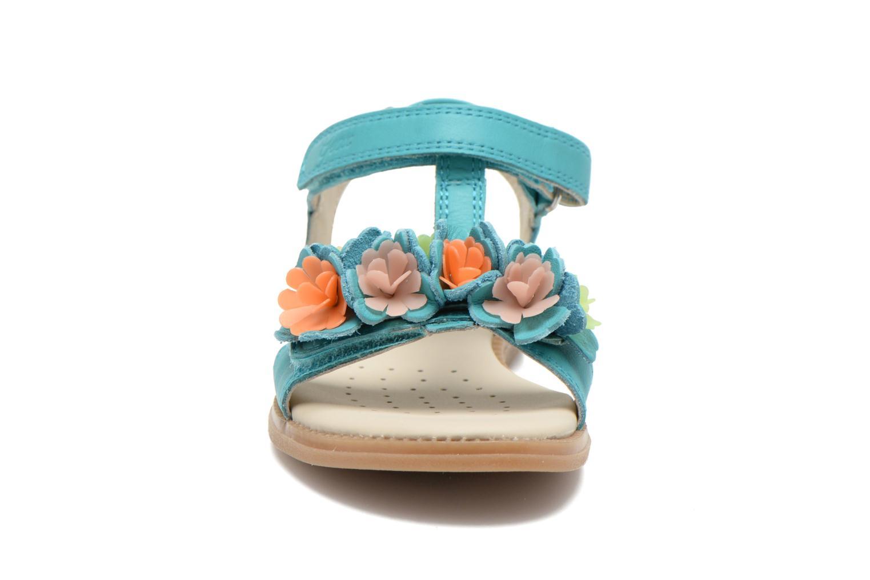 Sandales et nu-pieds Geox J S.KARLY G.B - VIT.LISCIO Bleu vue portées chaussures