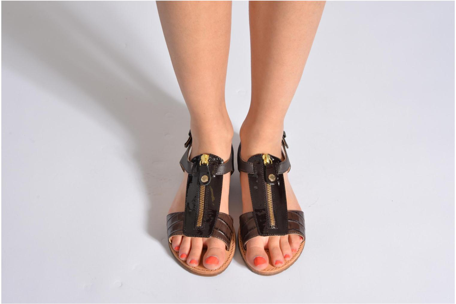 Sandals Geox D JOLANDA K-D5275K Brown view from underneath / model view