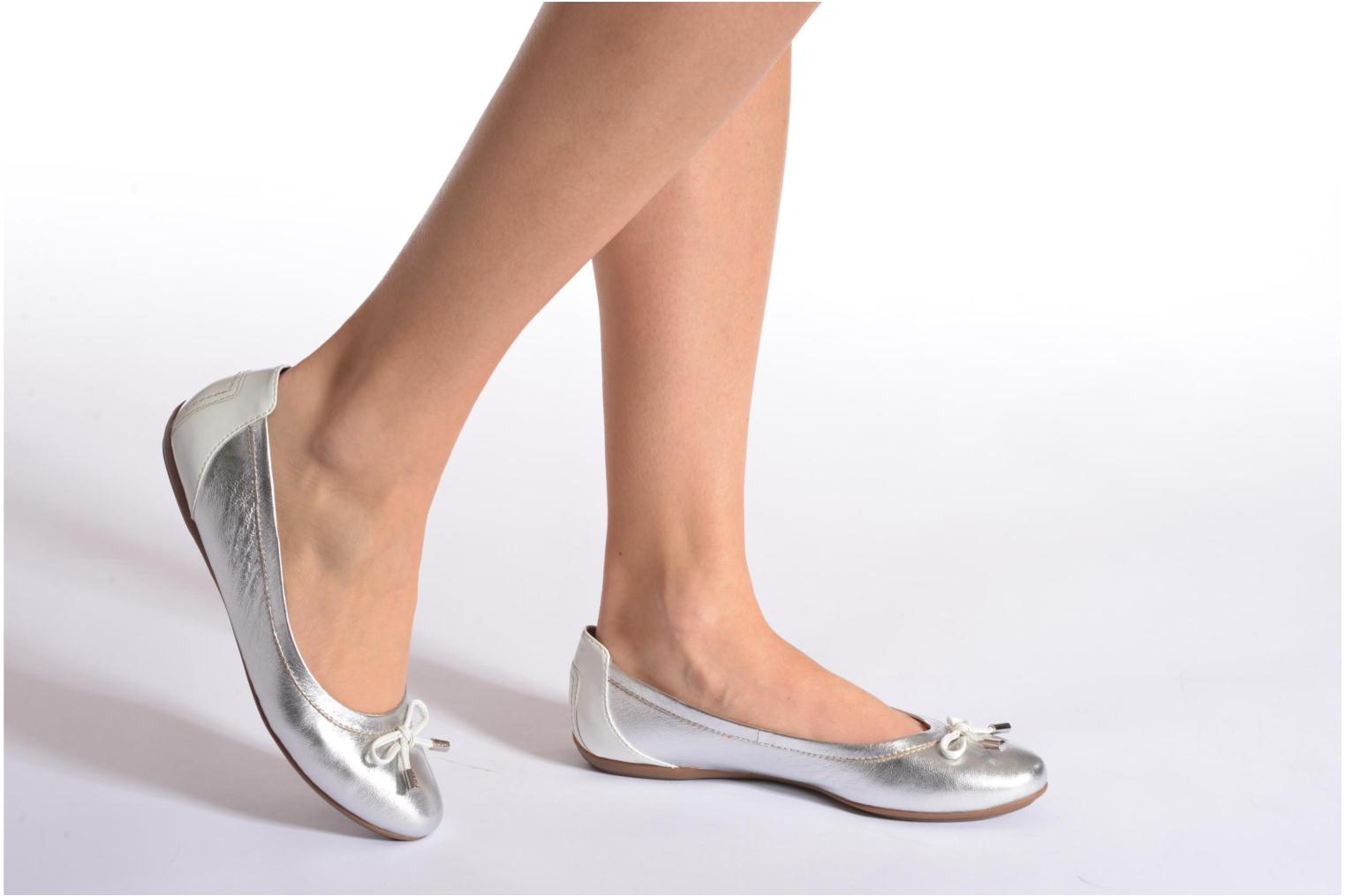 Ballet pumps Geox D CHARLENE A D32Y7A White view from underneath / model view