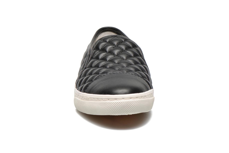 Sneaker Geox D NEW CLUB C D5258C schwarz schuhe getragen