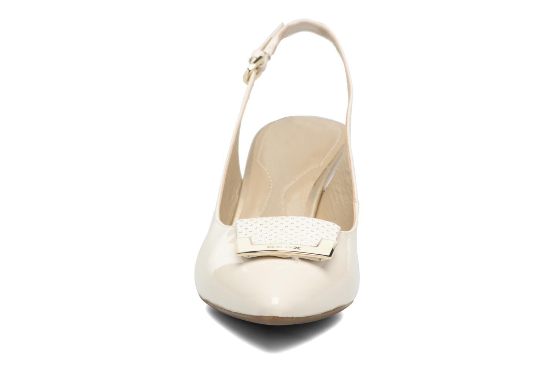 Escarpins Geox D ELINA D D52P8D Blanc vue portées chaussures