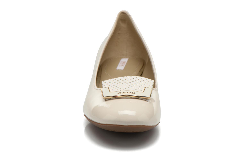 Ballerinas Geox D CAREY A D52V8A weiß schuhe getragen