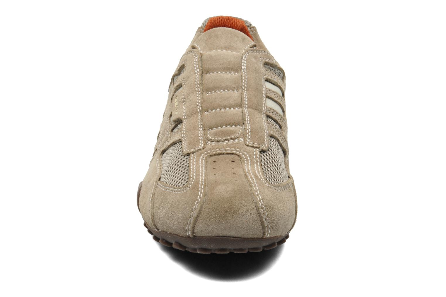 Trainers Geox U SNAKE L U4207L Beige model view