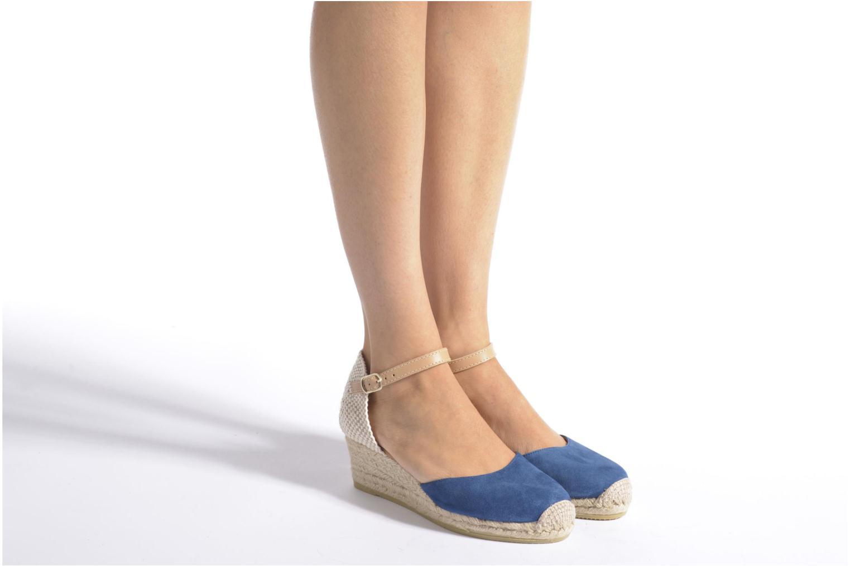 Sandales et nu-pieds Maypol Macaret Rouge vue bas / vue portée sac