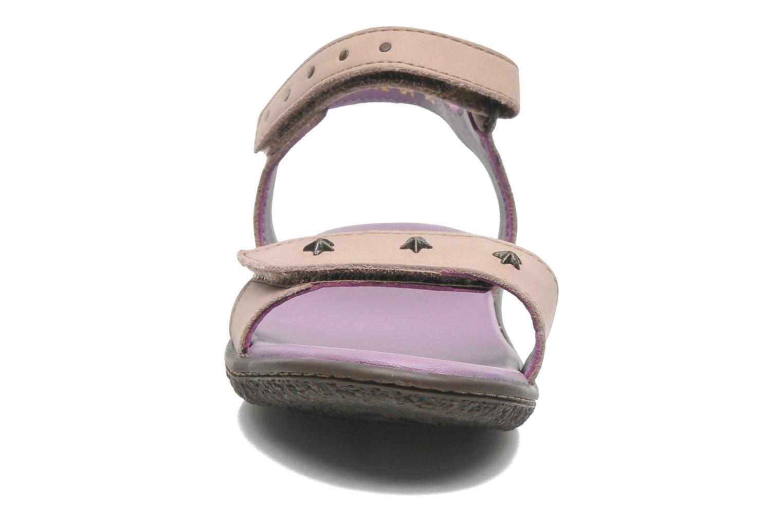 Sandales et nu-pieds Kickers VENICE1 Beige vue portées chaussures
