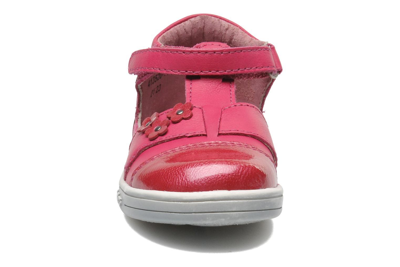 mit Klettverschluss Kickers TREFUN rosa schuhe getragen